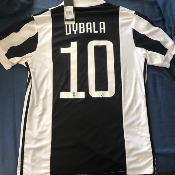 info for f4ef5 29cce Paulo Dybala Juventus jersey
